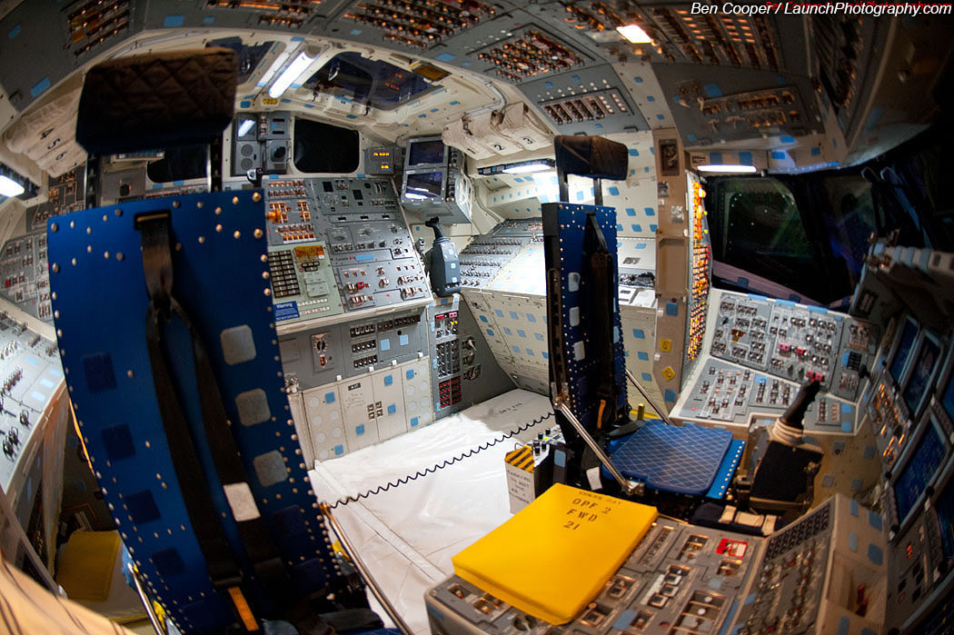 space shuttle flight deck - photo #24