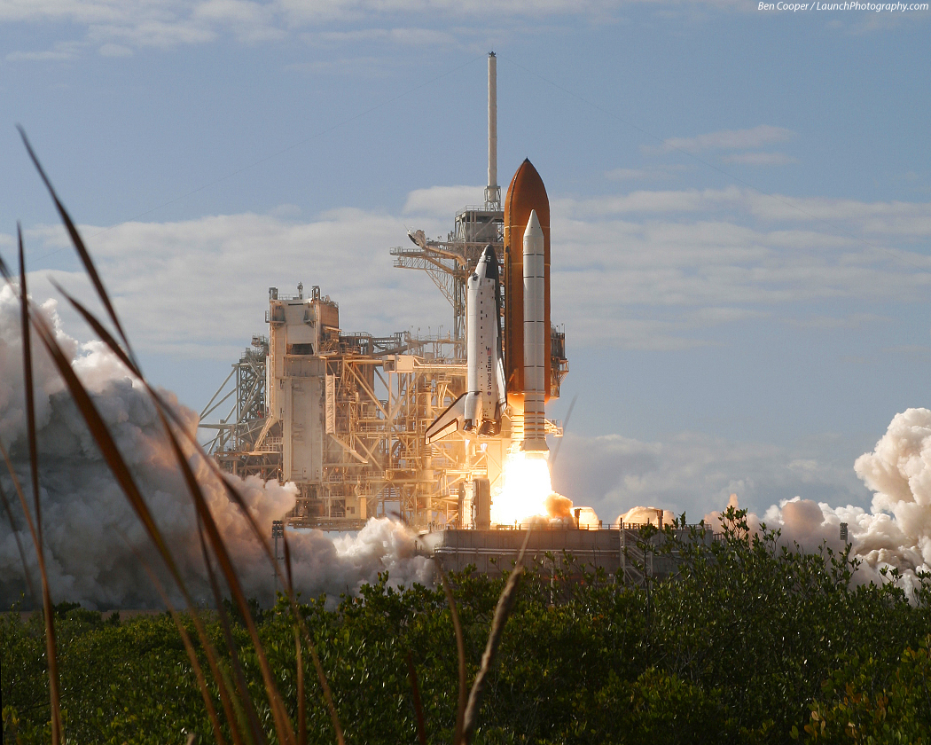 STS-129 Atlantis launch photos