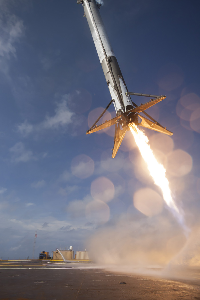 Falcon 9 Rocket Launches CRS 6 SpX Photos