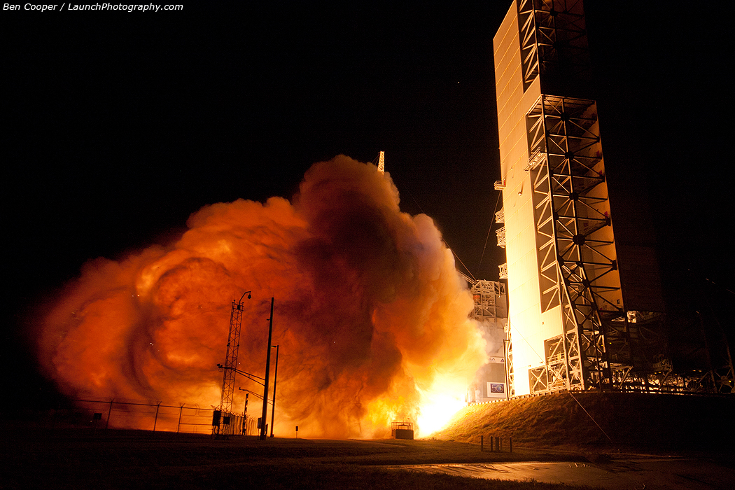 Delta 4 Rocket Launches Wgs 4 Photos